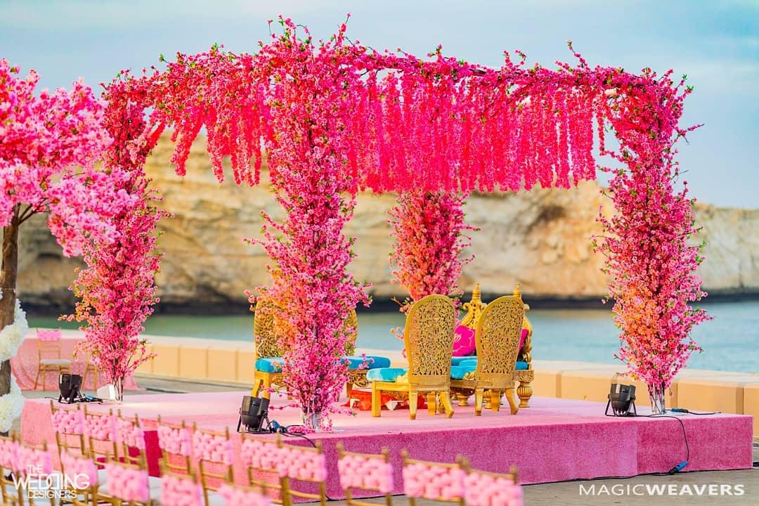 How to make your wedding blossom?