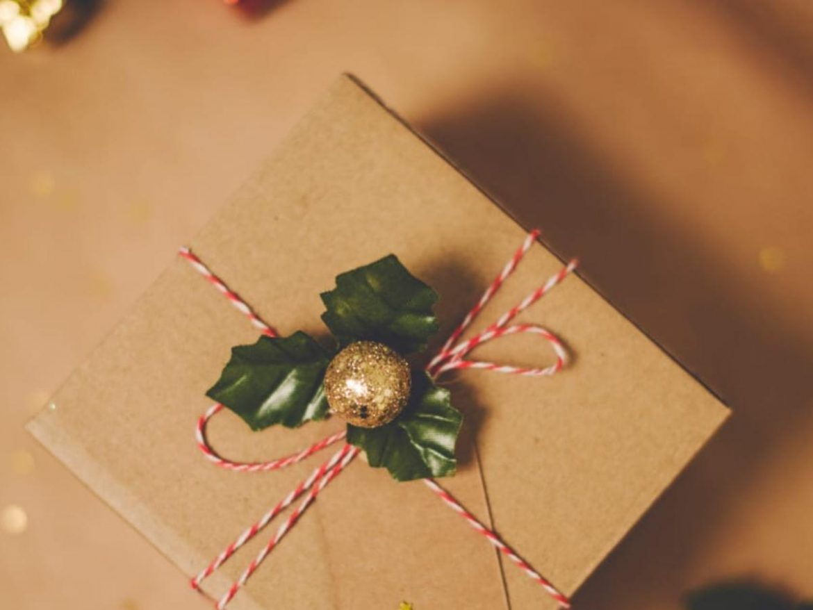 Surprise your loved ones with a handmade gift